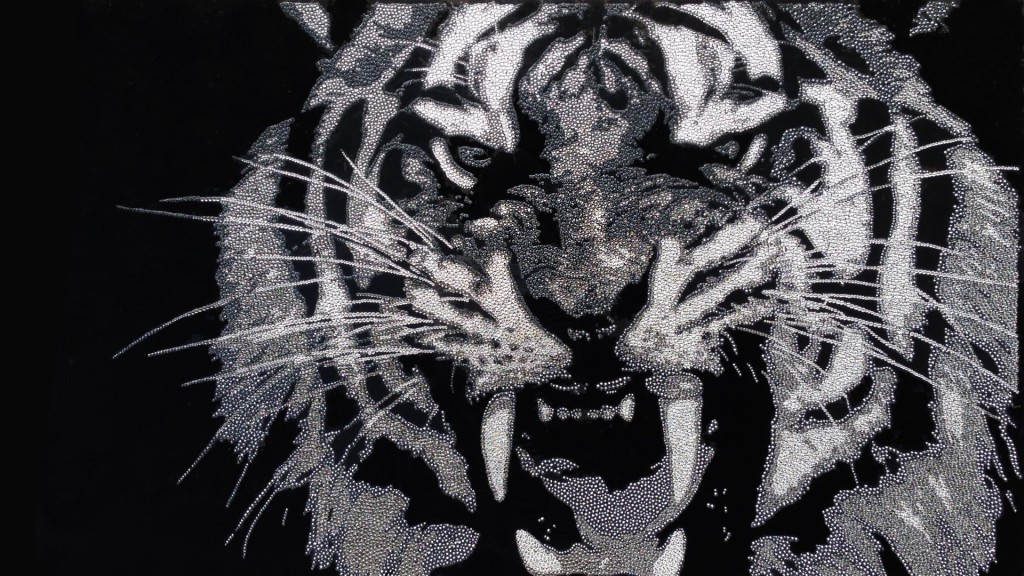Grey Tiger, 30200 Crystals from Swarovski® su plexiglas, 60x100 cm, 2014