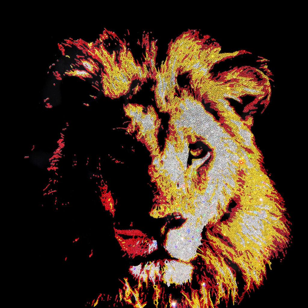 Supreme Lion, 28000 Crystals form Swarovski® su plexiglass, 80x80 cm, 2017