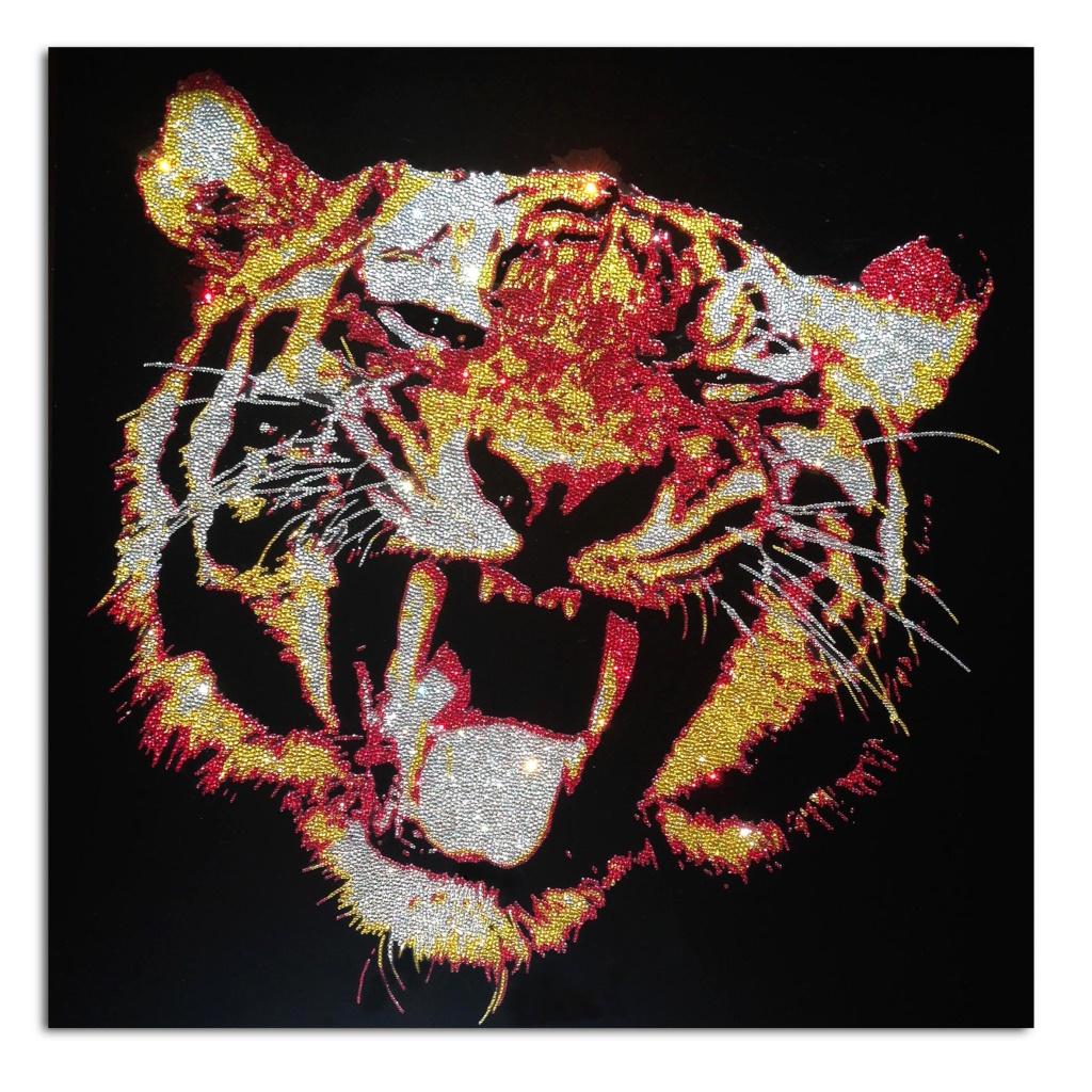 Angry Tiger, 28800 Swarovski elements, plexiglas, 80x80 cm. 2015