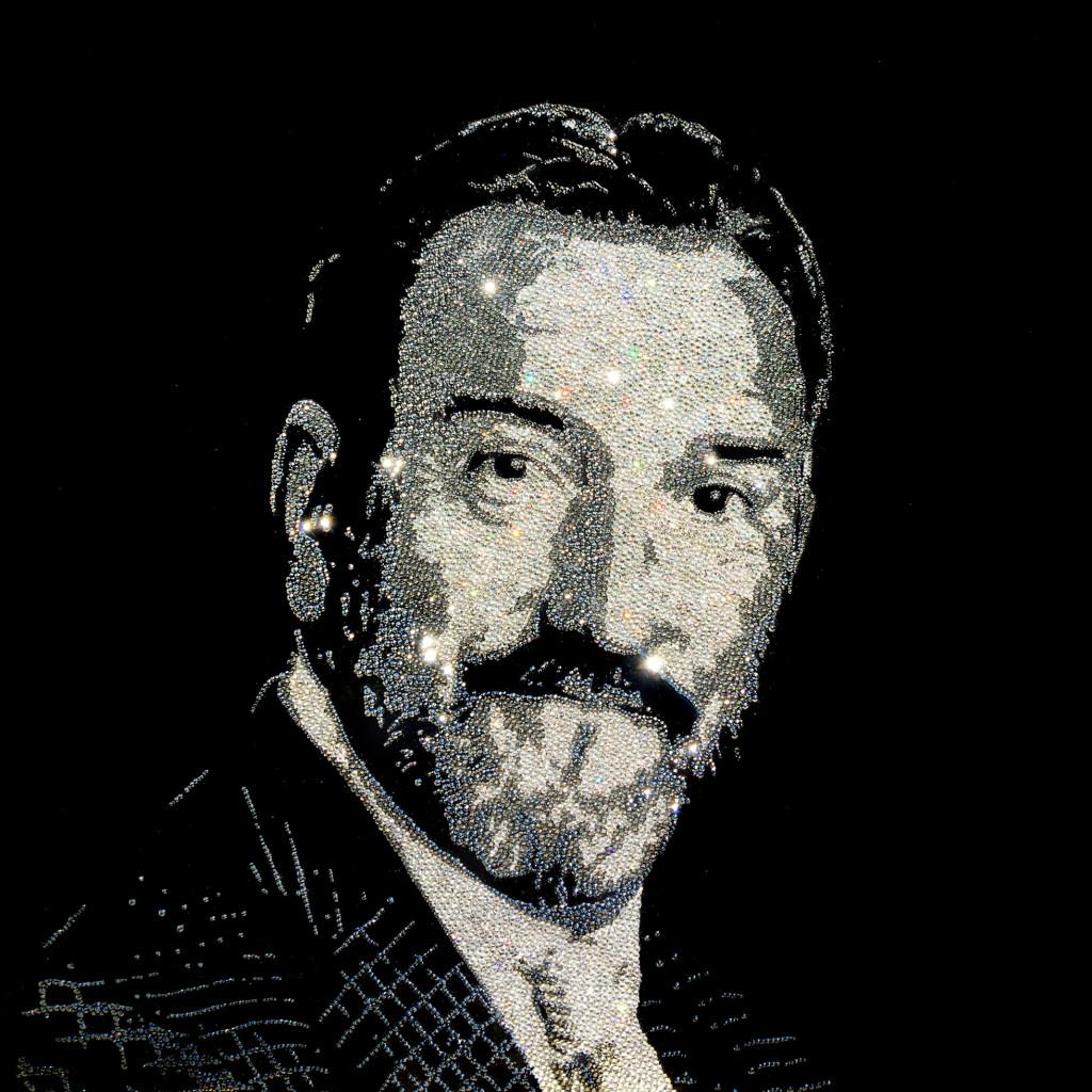 Mario Portrait, 12600 Crystals from Swarovski® su plexiglass, 70x70 cm. 2017